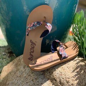 Reef Sandals/Flip Flops